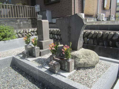 寺尾博博士の墓所.12.07.16.