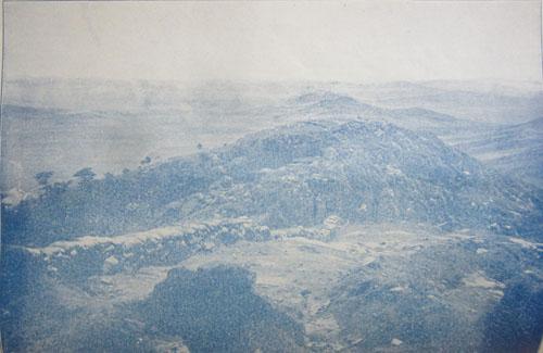首山堡南方陣地より東方を望む.12.09.04.