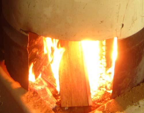 薪ストーブの火.12.12.16.