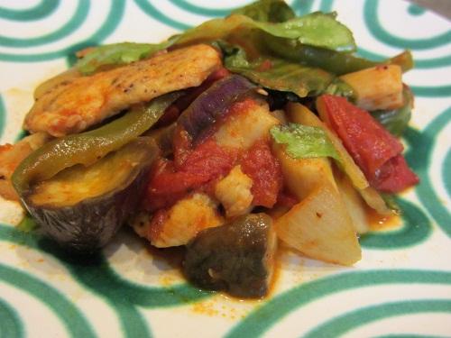 トマト・茄子・玉葱・鶏胸肉の炒め煮